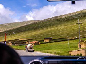 Hutten-auf-dem-Altiplano--1-von-1-.jpg