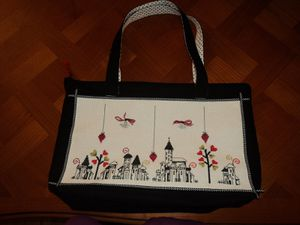 sac-maggi-co-s-village.-toile-aida-pailletee-blanche--160.JPG