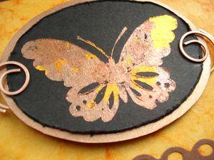 papillon en or détail