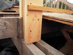 2010-09-18-2311 liaison poteaux étage sur plancher