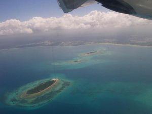 Prison Island au 1er plan