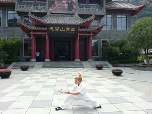 Yuan Xiu Gang Master y Shifu Paty Lee - China Wudang 2014