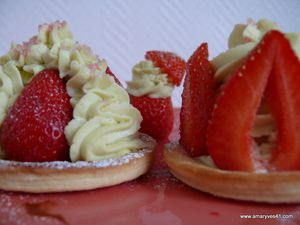 Sablés fraise-pistache 010