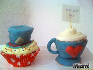 Cupcakes-Alice-pays-merveilles