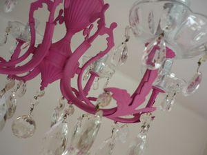 lustre-pampille-rose.jpg