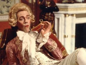 hugh laurie blackadder blog lola