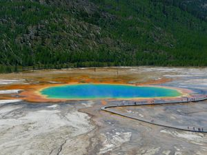 Beautiful-Grand-Prismatic.jpg