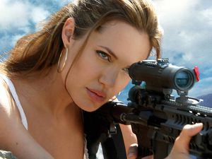Angelina-Jolie-Gun-Shoot.jpg