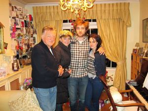 Robsten XMas 09 by Pattinson Family