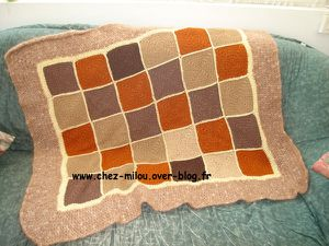 plaid marron crochet 01