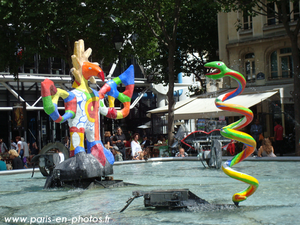 serpent-fontaine-niki-st-phalle.png