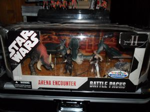 Collection n°182: janosolo kenner hasbro - Page 2 Geonosis-battle-arena-toys-r-us