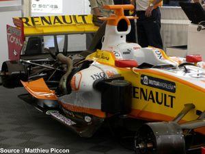 Renault---fond-plat-Megafon.JPG