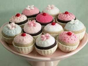 cupcake-knitted