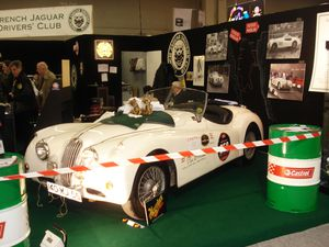 retromobile 2010 stand jaguar