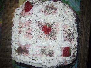 gâteau à la fraise et à la chantilly