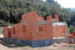 Construction 4025