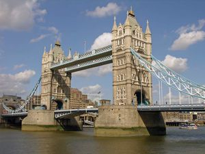 London-Bridge-free-wallpaper