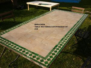 table jardin en fer forge et mosaique de fes marocadia. Black Bedroom Furniture Sets. Home Design Ideas