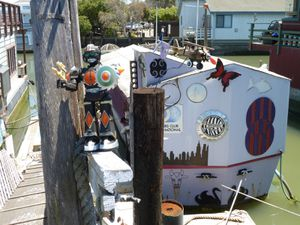 Sausalito houseboat Community - 22