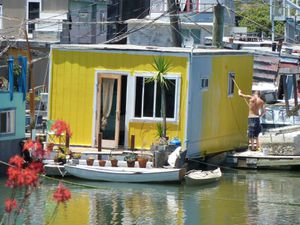 Sausalito houseboat Community - 26