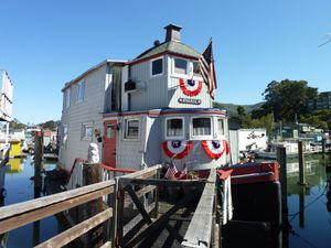 Sausalito houseboat Community - 75