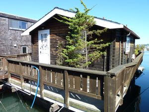 Sausalito houseboat Community - 79