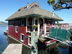 Sausalito houseboat Community - 82