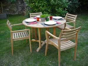 Un salon de jardin 4 places en teck massif FSC - Le blog de Lignes ...