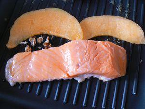 Saumon, sauce au thé Matcha, confit de melon