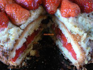 Gâteau fraises et pistaches