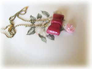 collier noeud bordeaux