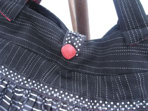 Sac-frou-frou-autre-version-Detail.JPG