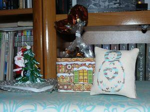 les cadeaux de mon anniv un colis d 39 alsace le petit monde de m nue. Black Bedroom Furniture Sets. Home Design Ideas