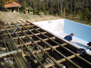 Habillage de piscine le blog de amtc66 thirion christian for Piscine hors sol qui s effondre