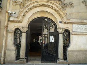 FR12 - 75 PARIS Art Nouveau 12 rue Sedillot 02