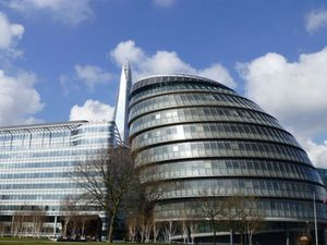 London City Hall & Shard 02
