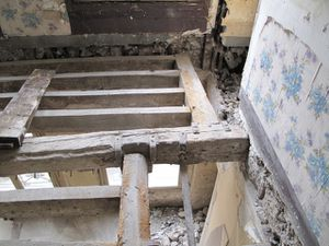 Calage et renforcement de plancher en bois apc solutions - Comment renforcer un plancher bois ...