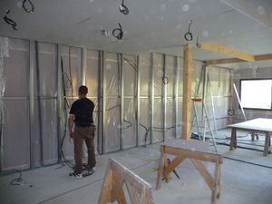 maison ossature bois en cours de construction 10 12 apc. Black Bedroom Furniture Sets. Home Design Ideas
