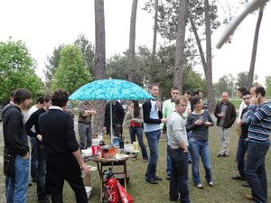 2010 04 22 barbecue depart thales 007