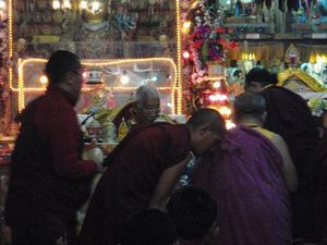 mini-Rinpoche-give-Blessings-copy-1.JPG