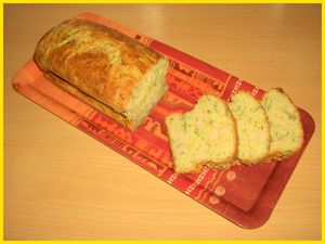 Cake-poulet--courgette-et-echalotes-biscottine.jpg