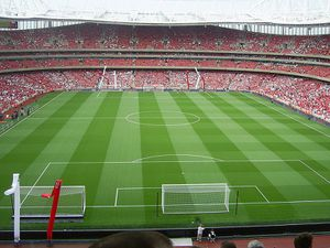 800px-Emirates_Stadium_Arsenal.jpg