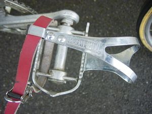 R-pedale-Peugeot-73.jpg