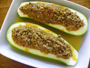 courgettes farcies a la viande thermomix blog cuisine. Black Bedroom Furniture Sets. Home Design Ideas