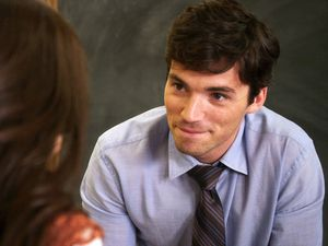 ezra-pretty-little-liars.jpg