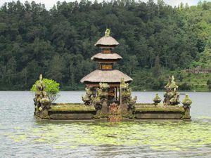 Bedugul lac Bratan sanctuaire