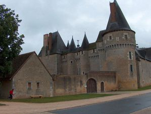 fougeres-s-beuvron.jpg