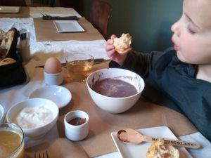 chocolat-chez-les-pipelettes2.jpg