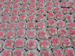 صور لحلويات خاصة بالاعراس وطريق تنظيمها  SDC10804